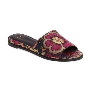 Marc Fisher Wyndi Slide Sandals 9